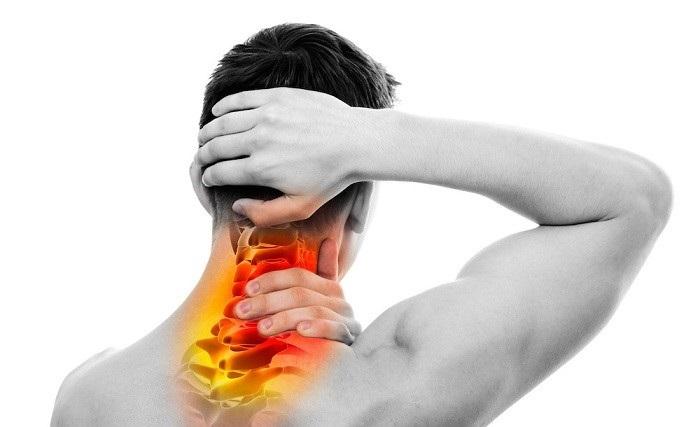 درمان کشیدگی و رگ به رگ شدن گردن براساس مفصل درگیر و شدت آسیب